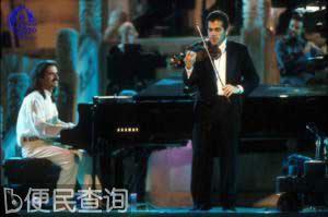 雅尼在首都体育馆推出北京之行首场演出