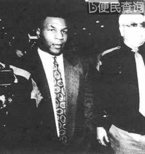 前重量级世界拳击冠军泰森因强奸罪被判刑
