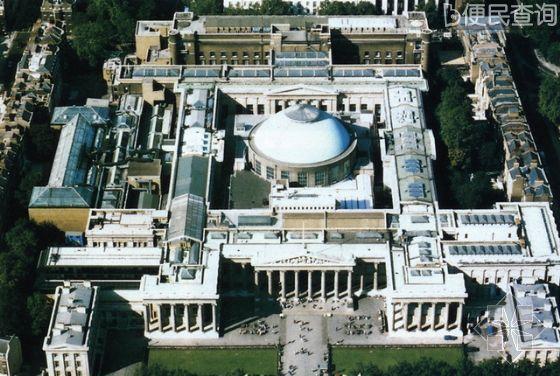 大英博物馆正式对公众开放
