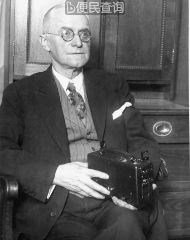 科达照相机与底片的发明者乔治·伊士曼出生